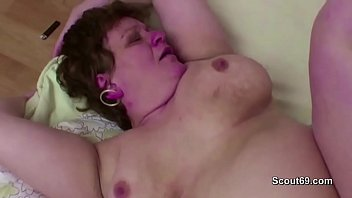 Mom and boy, Mature anal, Old young, Step mother, Mom caught, Young mother