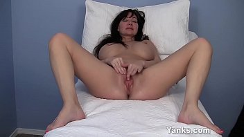 Big clit, Leah, Milf solo, Labia, Contraction, Solo hd